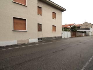 Foto - Palazzo / Stabile via giusti, 10, Varedo