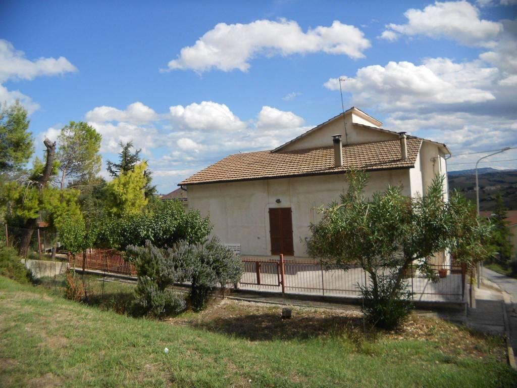foto Prospetto Casa indipendente via Papa Giovanni XXIII, Montegranaro
