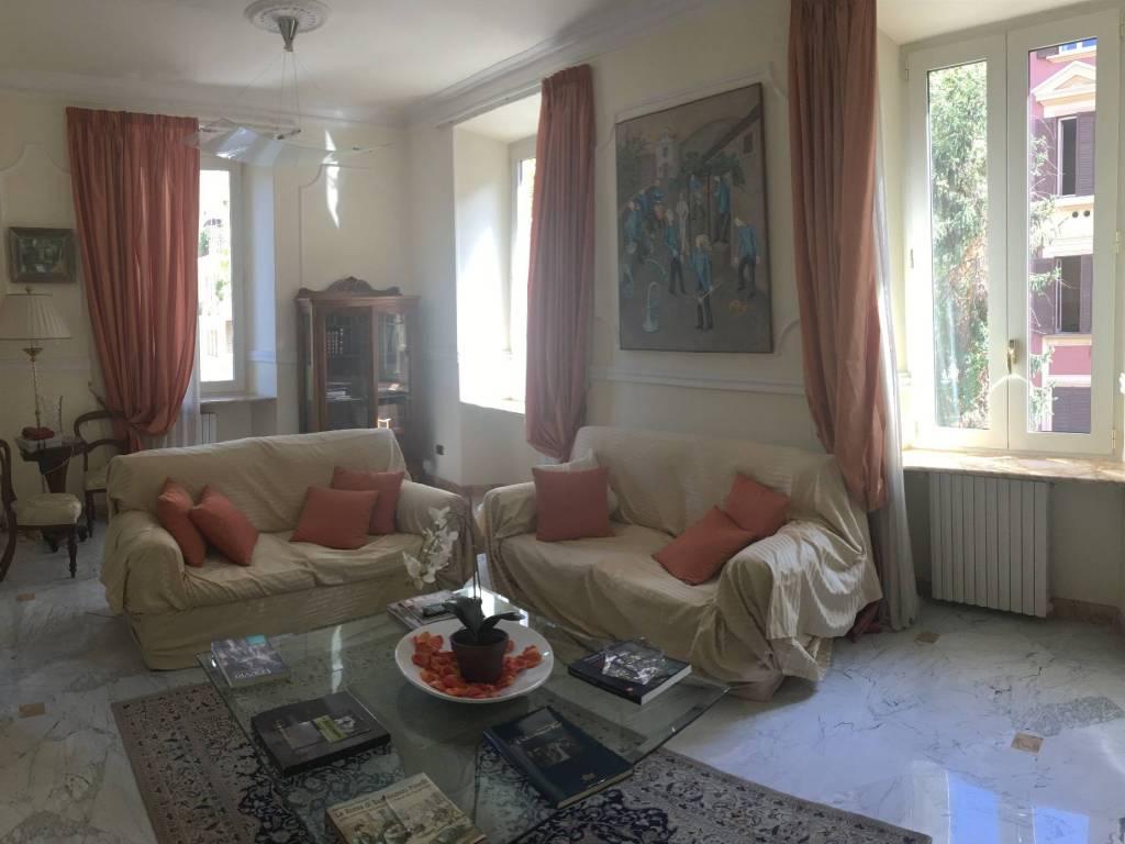 foto  Appartamento ottimo stato, secondo piano, Roma
