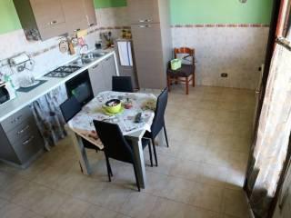 Foto - Bilocale via Moncenisio 37, Gionchetto, Latina