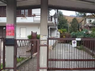 Foto - Box / Garage via Taverna Campanile, Monteforte Irpino