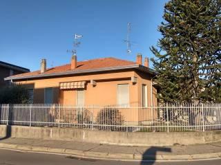 Foto - Villa via del Lavoro 28-1, Cassano Magnago