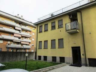 Foto - Bilocale via Dante Chiasserini, Bovisasca, Milano