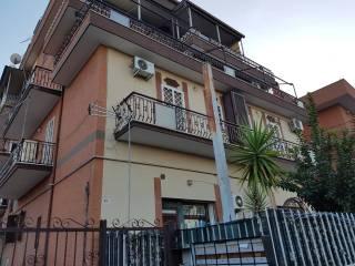Foto - Trilocale via Giuseppe Toraldo, Torre Angela, Roma