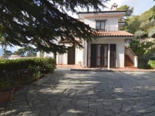 Foto - Casa indipendente 250 mq, buono stato, Oneglia, Imperia