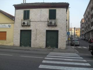Foto - Palazzo / Stabile via Pollenzo 6, Asti