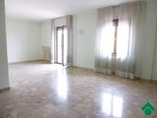 Foto - Appartamento buono stato, terzo piano, Centro città, Pesaro