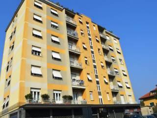 Foto - Trilocale via Castello 23, Cermenate