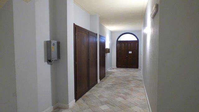 Foto 1 di Bilocale Via Santa Croce, Cuneo (zona Centro Storico)