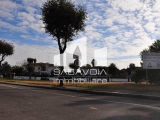 Foto - Terreno edificabile commerciale a Sabaudia