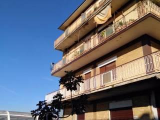 Foto - Trilocale via di Vermicino, Borghesiana, Roma
