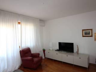 Foto - Bilocale buono stato, terzo piano, Pisanova, Pisa