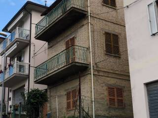 Foto - Palazzo / Stabile via Colle San Marco 16, San Benedetto del Tronto