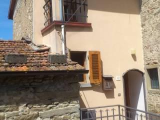 Foto - Casa indipendente Località Lierna, Poppi
