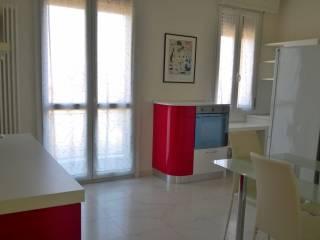 Foto - Trilocale ottimo stato, quinto piano, Mazzini, Bologna
