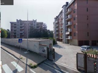 Foto - Box / Garage via Fratelli Cervi 2, Tavazzano con Villavesco