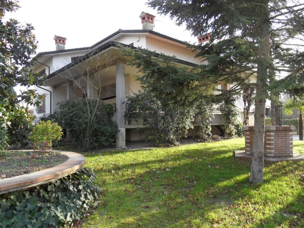 foto  Villa via Nicolò Rondinelli 11, Argenta