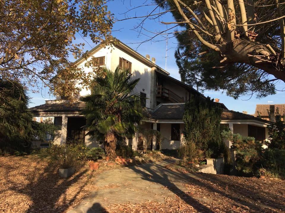 foto  Villa unifamiliare via Favorita, Suardi