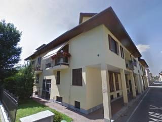 Foto - Quadrilocale via Cristoforo Colombo, Bienate, Magnago