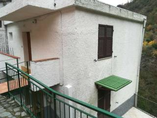 Foto - Casa indipendente via dei turchi, Testana Chiesa, Avegno