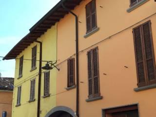 Foto - Palazzo / Stabile via Giuseppe Verdi, Calvenzano