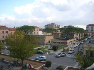 Foto - Trilocale buono stato, primo piano, Chiaravalle
