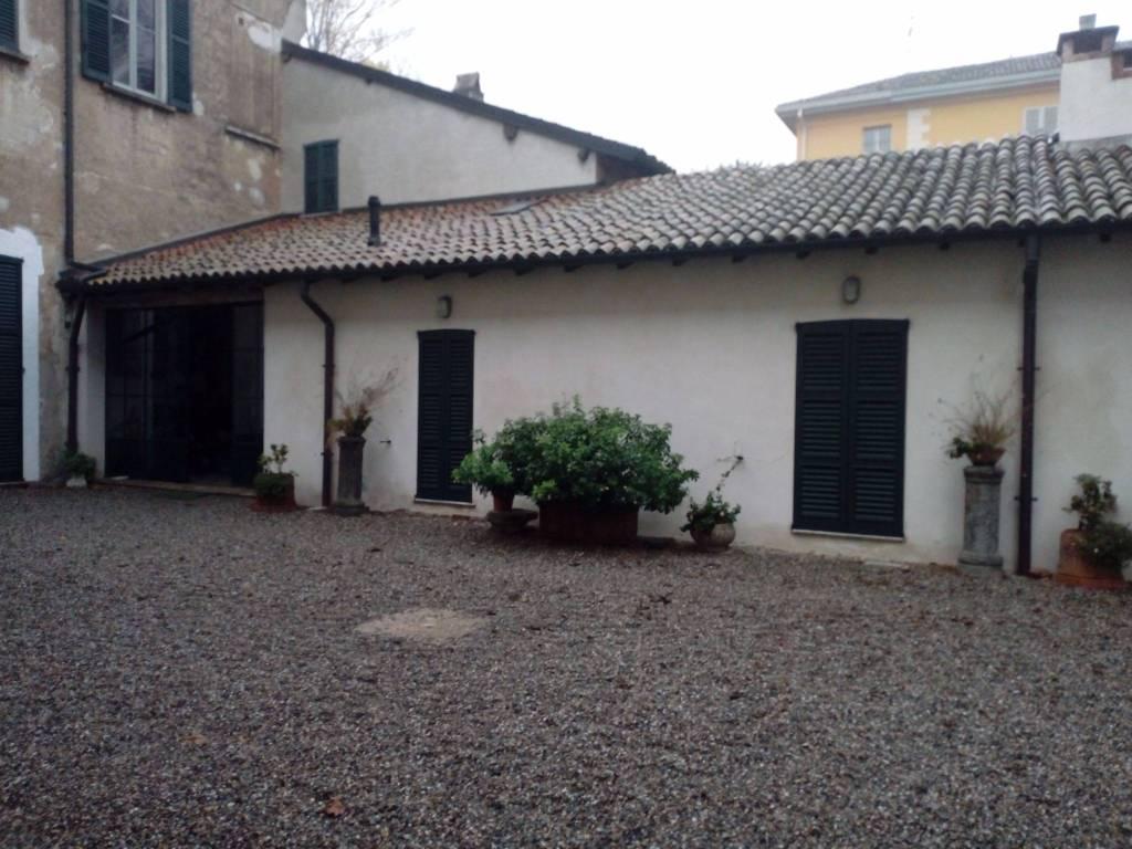 foto  Bilocale via Roma, Cassinetta di Lugagnano