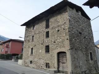 Foto - Palazzo / Stabile via Ghisla, Morbegno