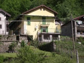 Foto - Quadrilocale Località Vigino 57, Calasca-Castiglione