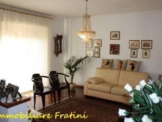 Foto - Casa indipendente 220 mq, buono stato, Castorano