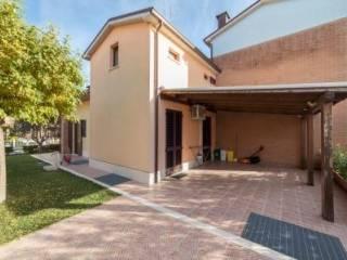 Foto - Villetta a schiera 4 locali, ottimo stato, Pianello Vallesina, Monte Roberto