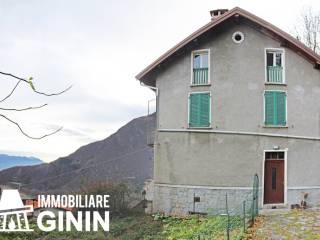 Foto - Palazzo / Stabile tre piani, da ristrutturare, Trarego Viggiona