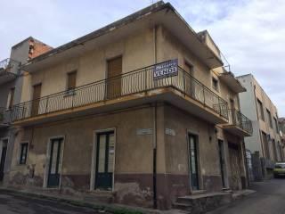 Foto - Palazzo / Stabile via Tito Speri 2, Paternò