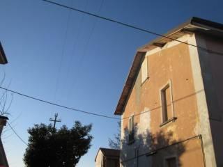 Foto - Rustico / Casale, da ristrutturare, 230 mq, Castelvetro Piacentino