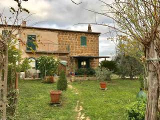 Foto - Rustico / Casale Strada Provinciale Sovana, Sorano
