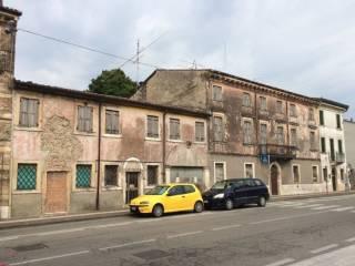 Foto - Rustico / Casale, da ristrutturare, 1500 mq, Povegliano Veronese