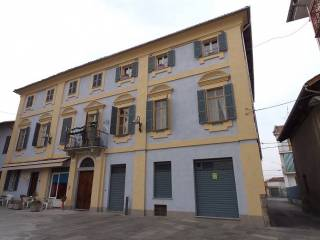 Foto - Appartamento piazza Galileo Ferraris, Livorno Ferraris