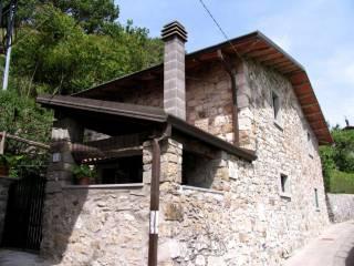 Foto - Rustico / Casale via Santa Maria-Sermezzana, Minucciano