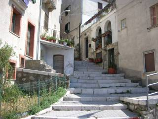 Foto - Palazzo / Stabile via Principe Umberto 4, Roccavivara