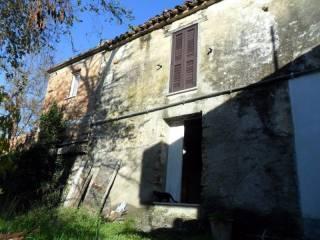 Foto - Casa indipendente Strada Statale della Valle del Vomano, Zampitti Salara, Basciano