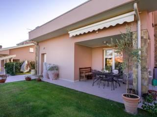 Foto - Villa, ottimo stato, 210 mq, Uggiate-Trevano
