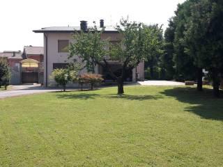 Foto - Villa via Antonio Locatelli, Boltiere