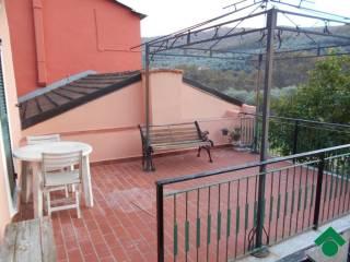 Foto - Casa indipendente via Colombo, -1, Villa Viani, Pontedassio