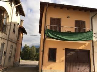 Foto - Casa indipendente via Vittorio Veneto, Faloppio