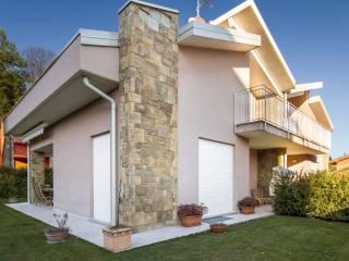Foto - Villa, ottimo stato, 425 mq, Uggiate-Trevano