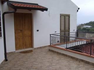 Foto - Casa indipendente 60 mq, ottimo stato, Piraino