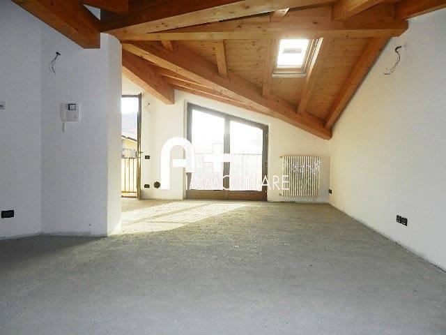 foto soggiorno Open space via Wolfgang Amadeus Mozart 4, Villa di Serio