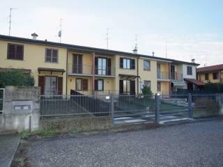 Foto - Villetta a schiera 4 locali, buono stato, Ospedaletto Lodigiano