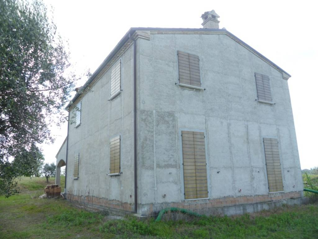 foto  Casa colonica, nuovo, 295 mq, Terre Roveresche
