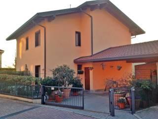 Foto - Villa via Serenza 21, Capiago Intimiano